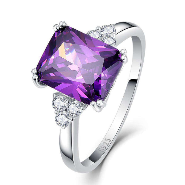 Bague Engagement Emerald Violette