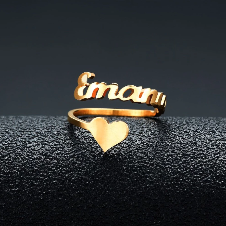 Classic Nameplate Heart Ring - Darlings Jewelry | Express Yourself Through Bling!