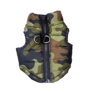Dog puffer jacket in army camouflage