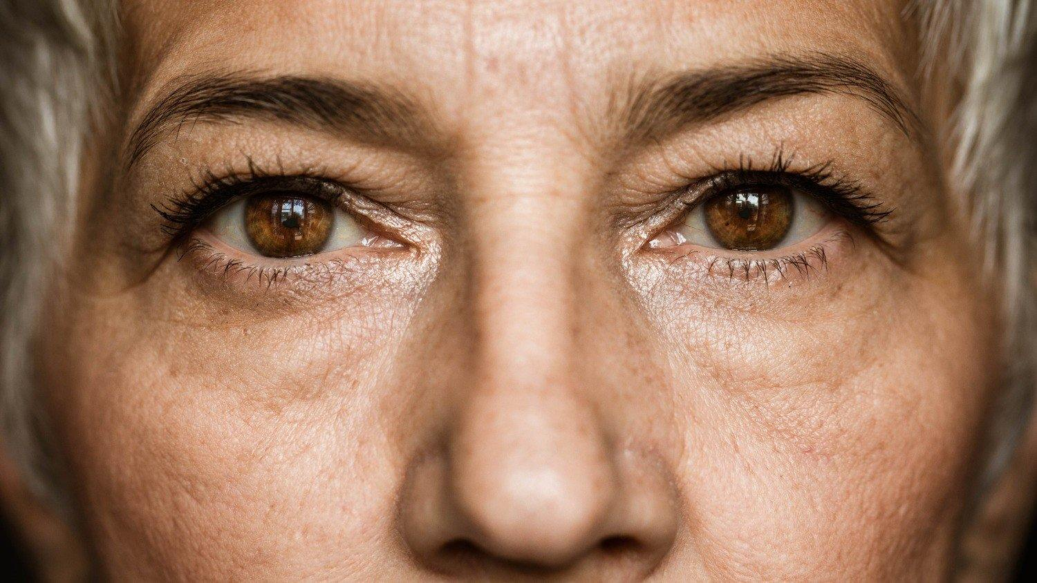 5 Tips for Eyebrows After 50 - ForChics