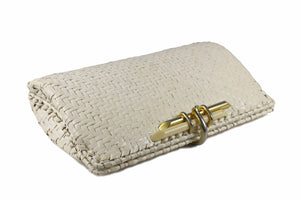 RODO white wicker clutch with metal and plastic clasp