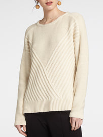 Sweater with diagonal rib structure -Faded-Sand
