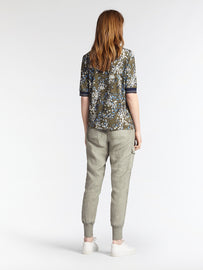 Top with floral print -Spring Olive