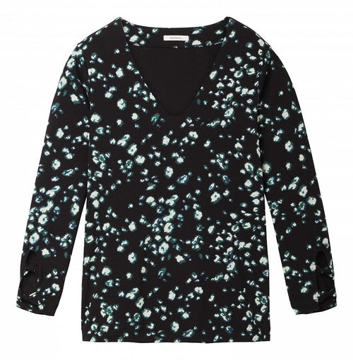 Top with bows on the sleeves  -Black