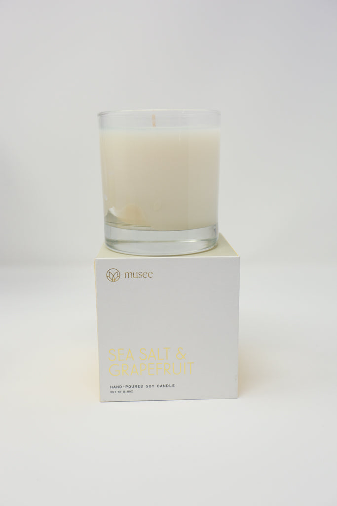 Salty and fresh with notes of citrus, ginger and sage.  Quote inside box-