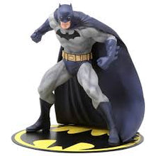 Load image into Gallery viewer, Batman Hush Artfx+ Statue
