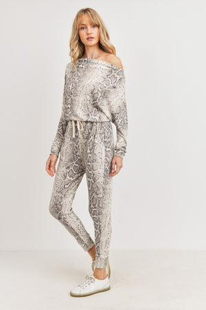 printed snake off shoulder jumpsuit 8 enero