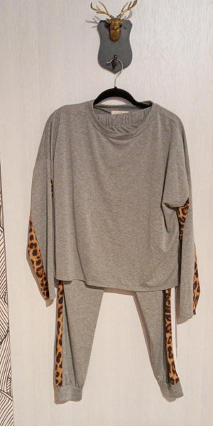 grey & leopard jogger set