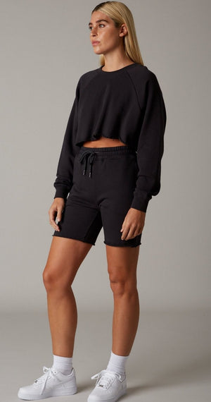 black shorts bermudas