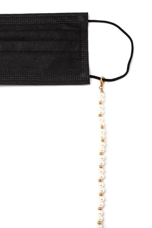 charming pearl chain holder
