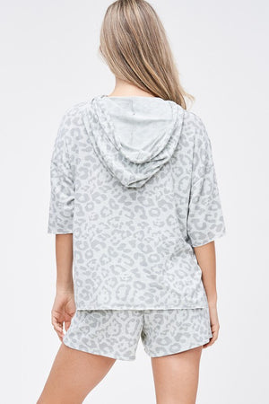 Animal print grey hoddie & shorts set