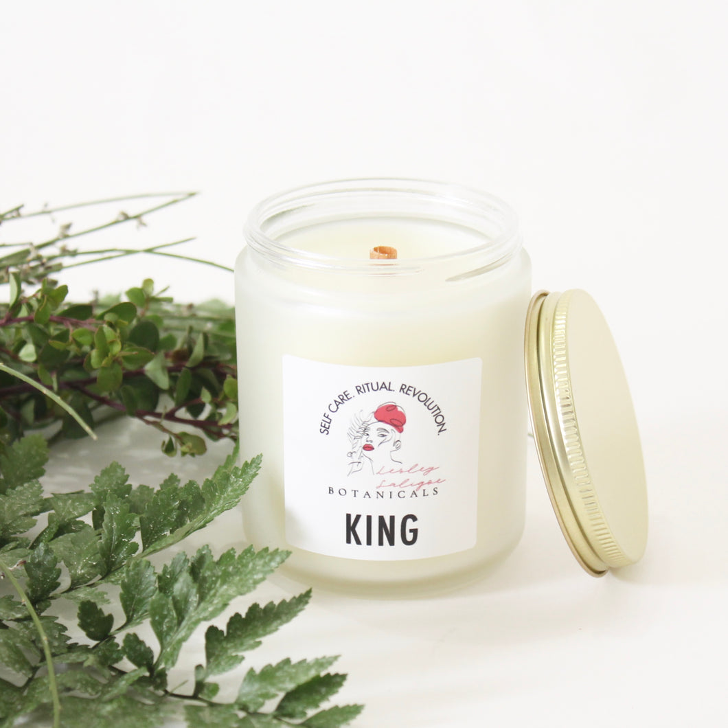 KING Hand Poured Candle. Moss. Wet Fern. Ylang Ylang. Gardenia. Driftwood. Jasmine. 7 oz.