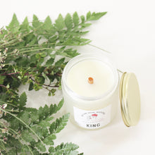 Load image into Gallery viewer, KING Hand Poured Candle. Moss. Wet Fern. Ylang Ylang. Gardenia. Driftwood. Jasmine. 7 oz.