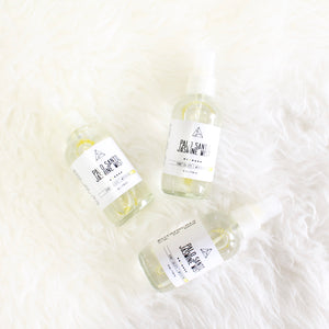 Palo Santo and Jasmine Purifying Spray. Aura + Space Cleansing Mist. Yoga Mat Spritz. - Lesley Saligoe Botanicals