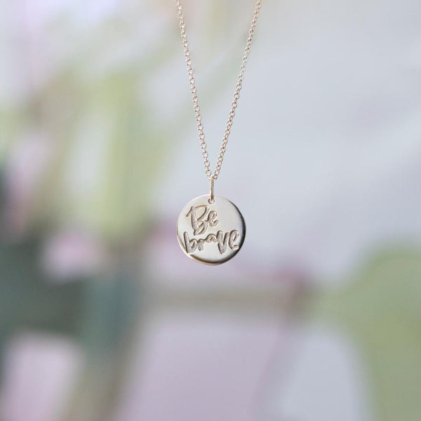 Be Brave Anhänger #femboss Jewelry frau-hoelle