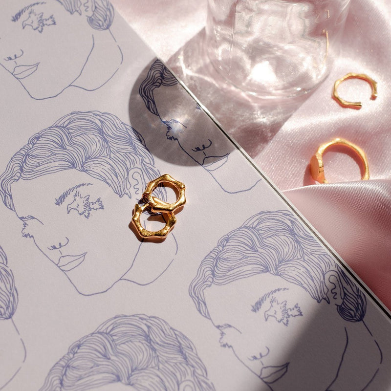 Fluid Small Hoop Ohrringe Solid Gold 14k Jewelry stilnest