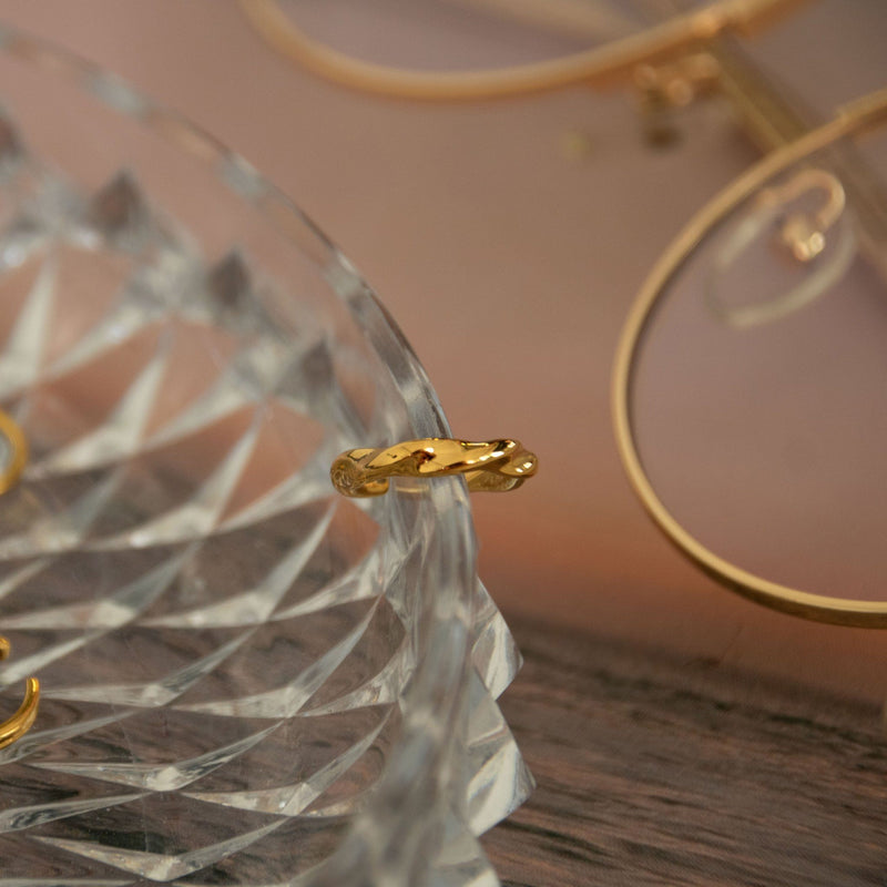 Flux Ear Cuff - Solid Gold Jewelry stilnest