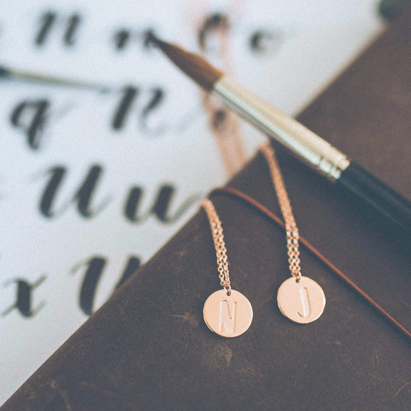 Letter A-Z Anhänger - Rose Gold Vermeil Jewelry frau-hoelle