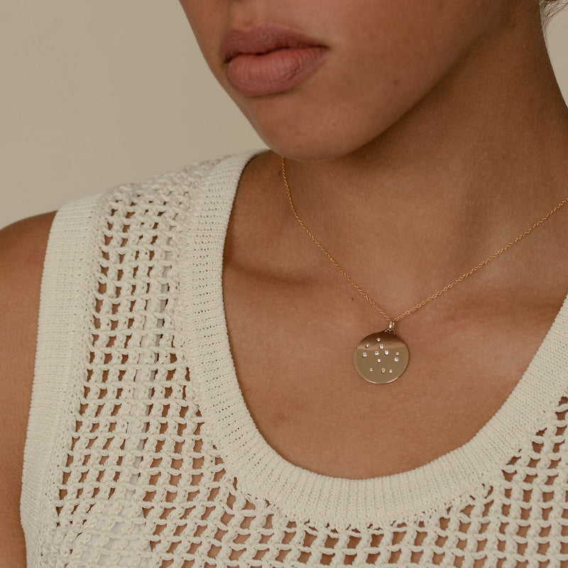 Offbeat Necklace - Solid Gold Jewelry Stilnest