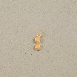 Petite Glasses Charm Anhänger Jewelry frau-hoelle 24ct Gold Vermeil