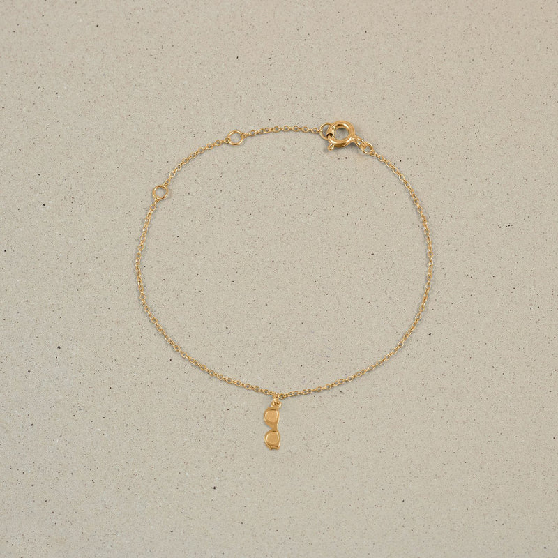 Petite Glasses Charm Bracelet Jewelry Stilnest 24ct Gold Vermeil 19cm