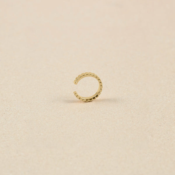 Ridged Ear Cuff 14k Massivgold Jewelry stilnest