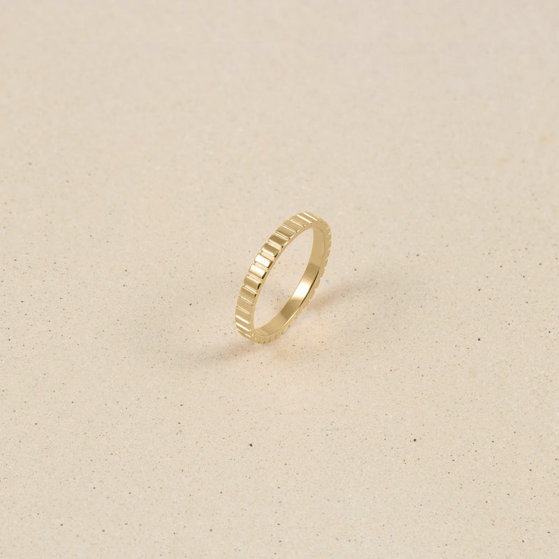 Ridged Ring 14k Massivgold Jewelry stilnest