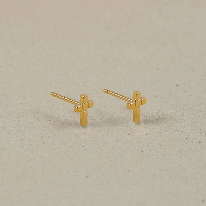 The Everyday Cross Stud Earrings Jewelry Stilnest 24ct Gold Vermeil