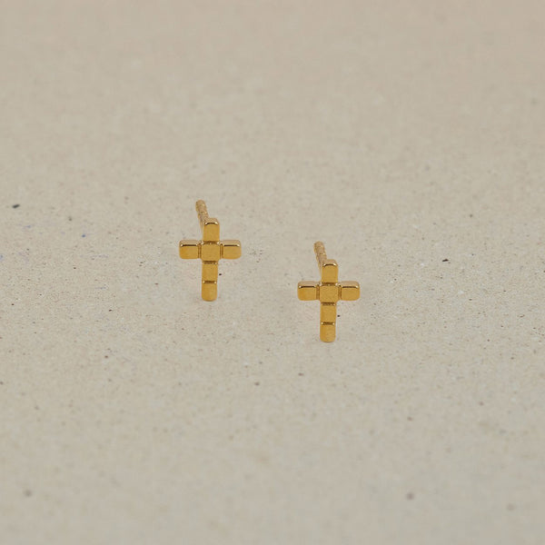 The Everyday Cross Stud Earrings Jewelry Stilnest