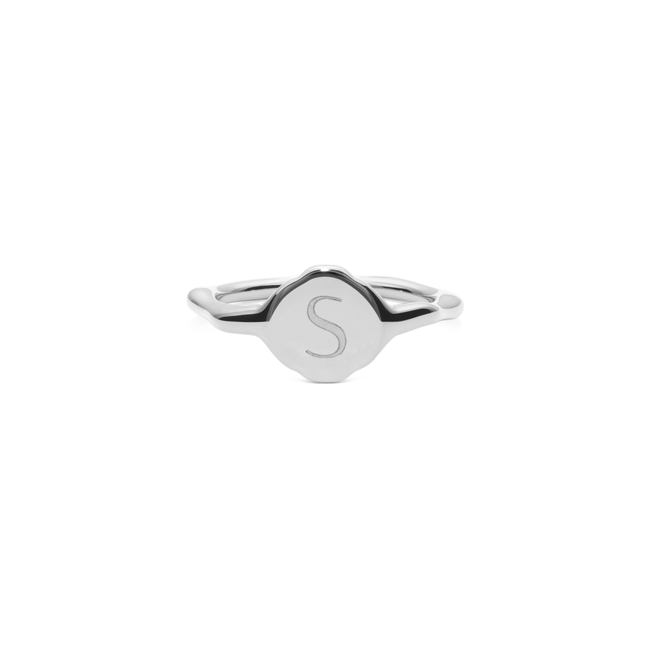 Fluid Letter Pinky Ring - High Gloss