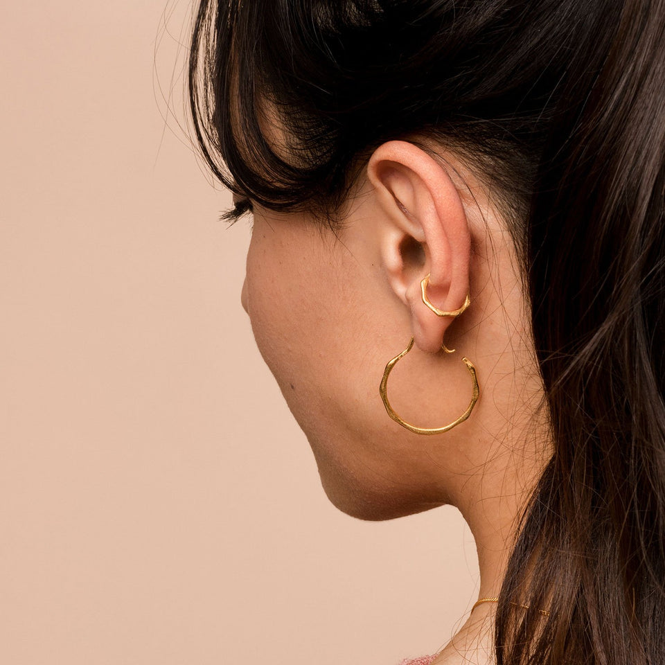 Fluid Ear Cuff Solid Gold 14 ct