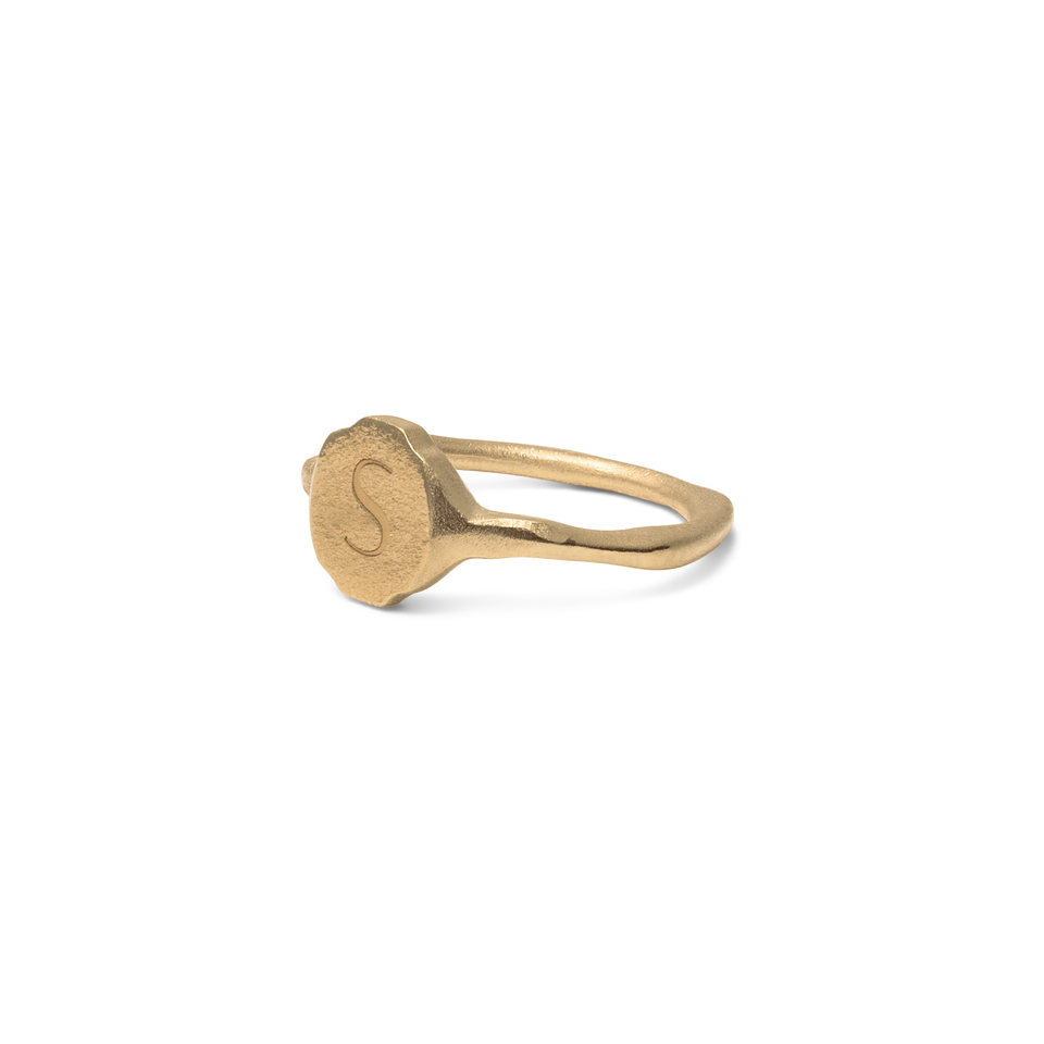 Fluid Letter Pinky Ring Solid Gold 14 ct DON'T USE