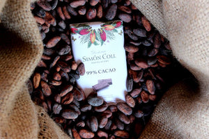 Simon Coll Chocolate 99% Cocoa dark chocolate 25g Bar_Cocoa Beans_Arrangement