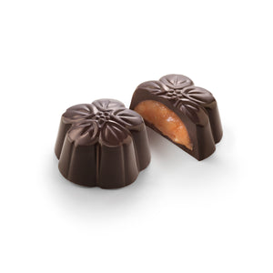 Chocolate Amatller Orange & 70% Cocoa Flowers bonbon 72g section detail