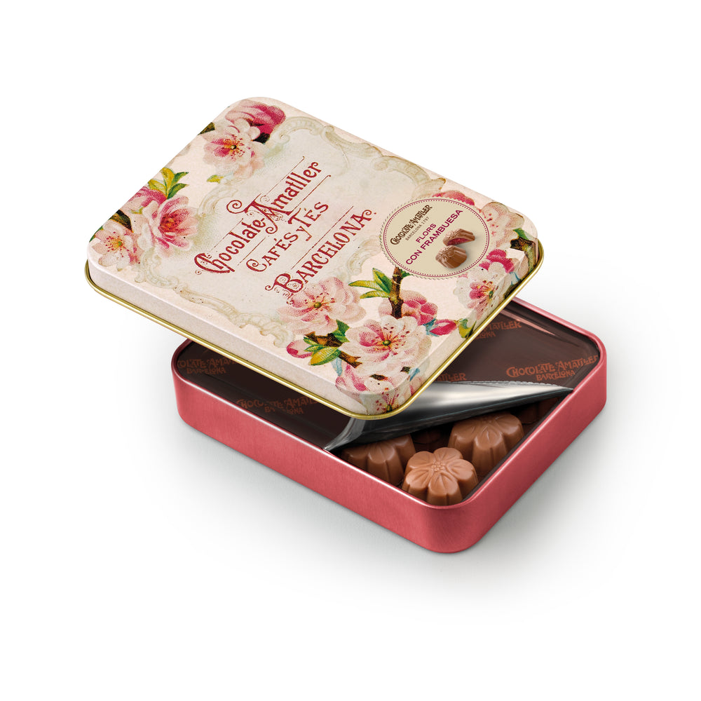 Raspberry & Milk Chocolate Flowers Tin 72g