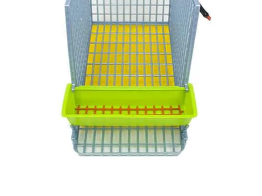 Hygienic Manure Tray Collects Waste Below - Hatching Time