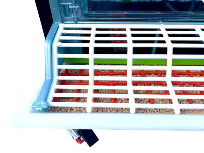 Smart Feeder Reduces Waste With Feed Grill Covers - Hatching Time