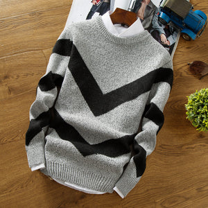 Men's casual round neck contast color sweater