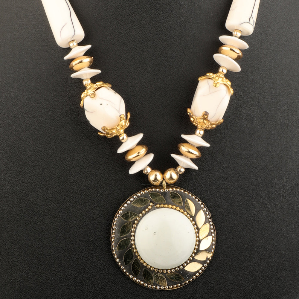 White & Gold-Plated Oxidised Necklace
