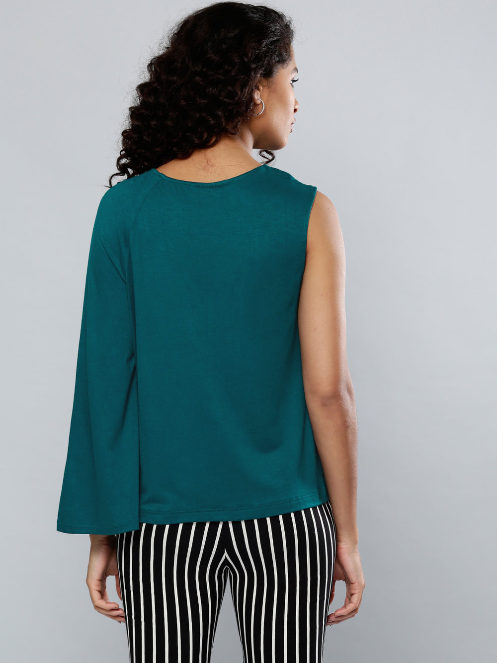 Besiva Women Green Solid Top