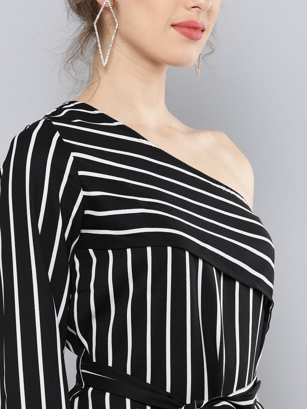 Besiva Women Black Striped One Shoulder Top