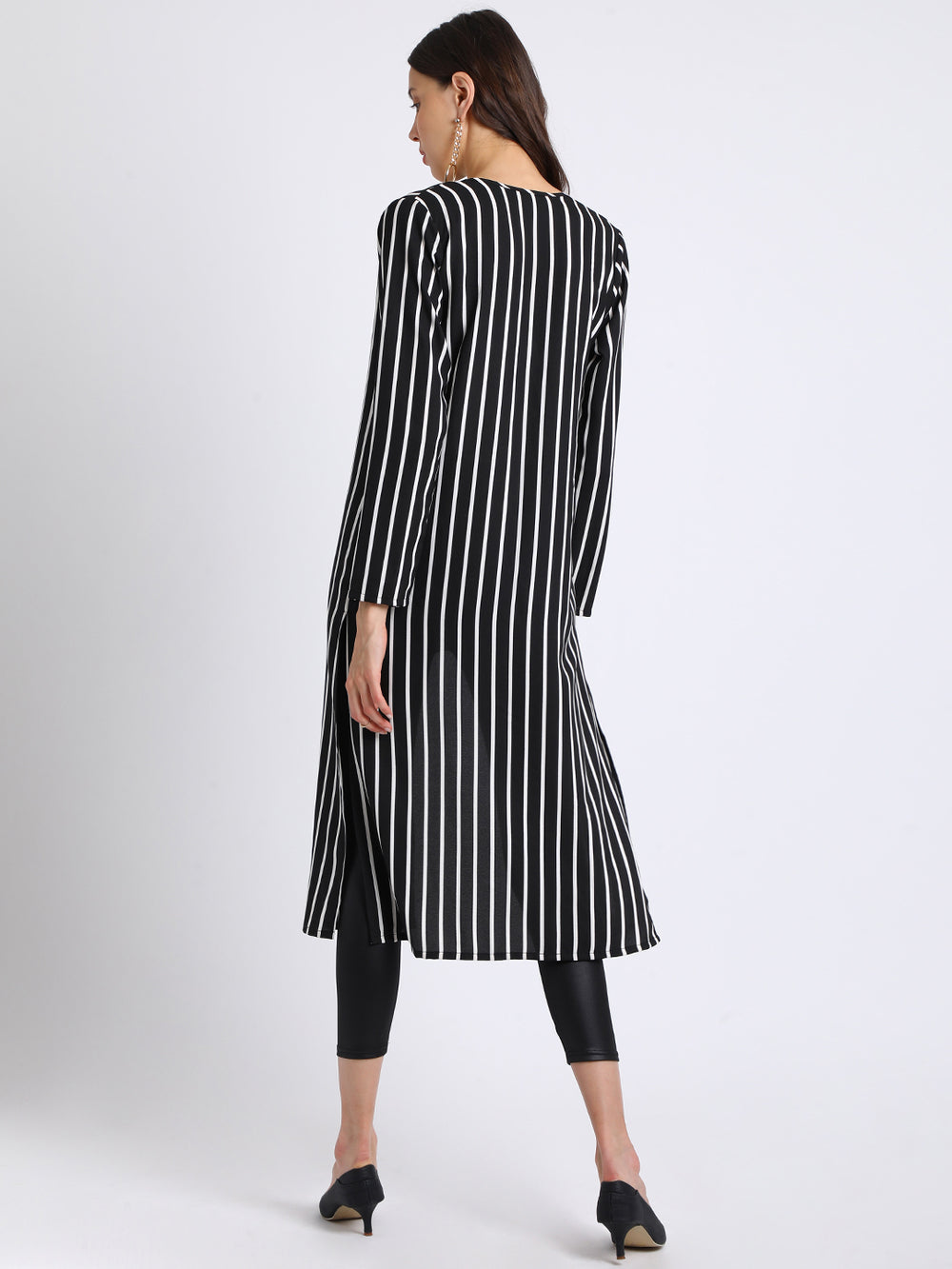 Besiva Black Striped Open Front Shrug
