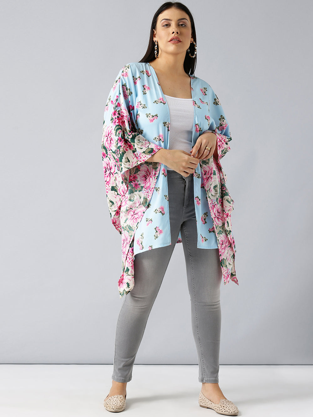Besiva Blue Printed Open Front Shrug