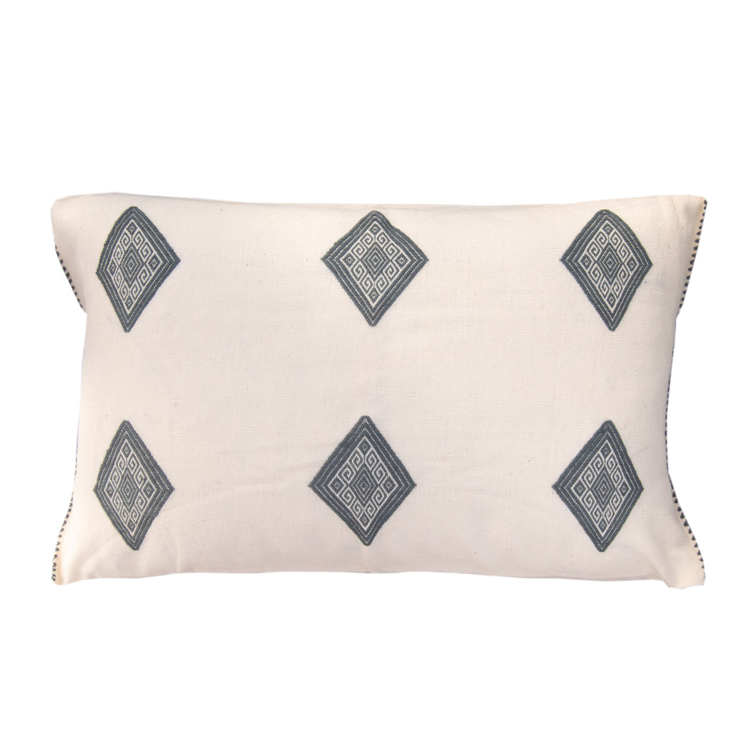 delicate cotton loom cloth with diamonds in gray, pillow from Chiapas
