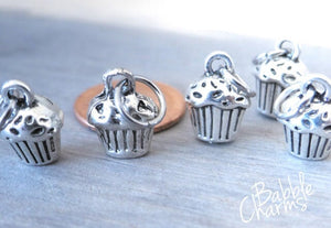 12 pc Cupcake charm, cupcakes, cupcake, Alloy charm very high quality..Perfect for jewery making and other DIY projects