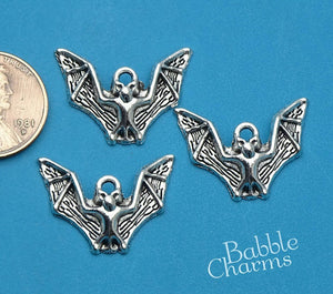 12 pc Bat, Bat charm, animal charm, bat charms. Alloy charm ,very high quality.Perfect for jewery making and other DIY projects