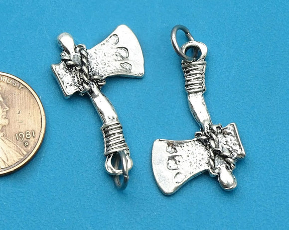 Axe charm, Tomahawk charm, Axe, Hatchet, Alloy charm, very high quality.Perfect for jewery making and other DIY projects