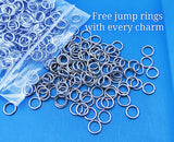Don't look back, not going that way, look to the future, look forward, Steel charm 20mm very high quality..Perfect for DIY projects
