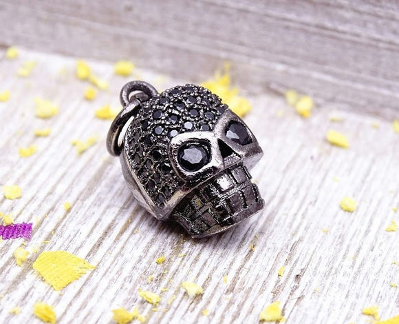 Cubic Zirconium skull charm, CZ charm, stainless steel, high quality..Perfect for jewery making and other DIY projects