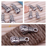Boxing glove, boxing charm, boxing charms. Alloy charm ,very high quality.Perfect for jewery making and other DIY projects